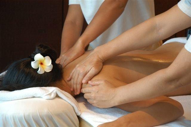Lafayette Four Hand Massages